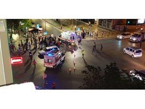 Kahramanmaraş'ta elektrikli bisiklet ile otomobil çarpıştı: 3 yaralı
