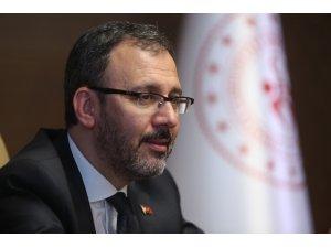 Bakan Kasapoğlu'ndan milli sporculara tebrik