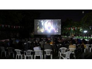 Büyükşehirin yaz sineması etkinliği yoğun ilgi görüyor