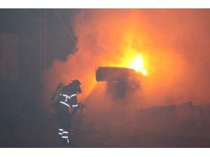 Erzincan'da bir günde üç yangın