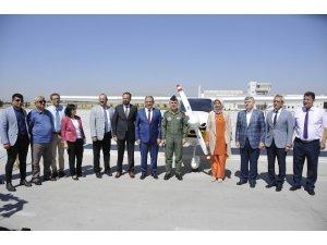 Selçuk Üniversitesi yeni eğitim uçağını tanıttı