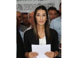 HDP Mardin İl Başkanı Eylem Amak, adli kontrol şartıyla serbest kaldı