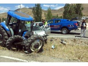 Gümüşhane'de iki ayrı trafik kazasında 5 kişi yaralandı