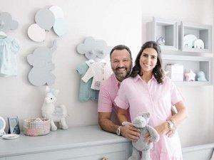 Ali Sunal ve Nazlı Kurbanzade'den doğum sonrası ilk fotoğraf!