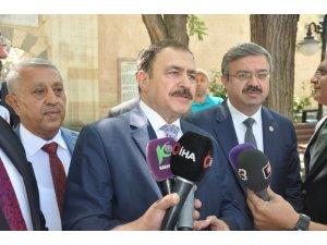 """Irak Özel Temsilcisi Eroğlu: """"Türkiye Irak'a 5 milyar dolarlık kredi vermeyi taahhüt etti"""""""