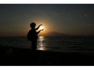 Doğaseverlerin objektifi ile gün batımı