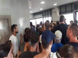 Binden fazla turist adada mahsur kaldı! Aralarında Türk turistlerde var...