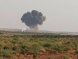 Suriye'de rejime ait Rus uçağı düştü!