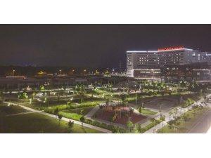 Adana'nın güneşi, Şehir Hastanesi'ni aydınlatıyor