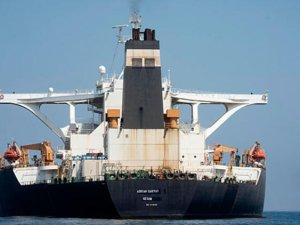 Alıkonulmuştu! İran'a ait petrol tankeri bu gece dönebilir!
