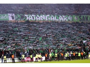 Sakaryaspor - Kocaelispor maç biletlerine büyük ilgi