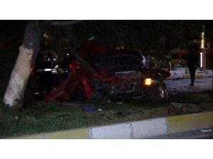 Ehliyetsiz sürücü yine alkollüyken kaza yaptı: 2 ölü, 1 yaralı