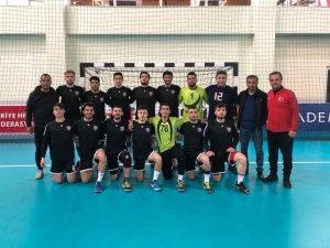 Karabük Atatürk Ortaokulu G.S.K THF 2. Lige çıkmaya hak kazandı