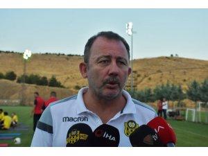 """Sergen Yalçın: """"Hedefimiz ligi ilk 8 içinde bitirmek"""""""