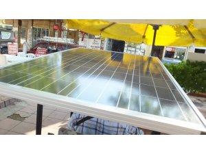 Burhaniye'de engelli vatandaşın güneş paneli sevinci