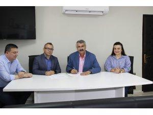 """İŞKUR Trabzon ve DOKA arasında AB destekli """"Online beceri değerlendirme aracı projesi"""" işbirliği protokolü imzalandı"""