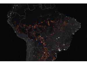 Amazon'daki yangının ikinci haftasında asker yola çıkıyor