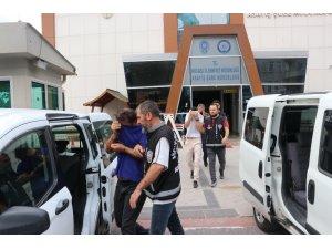 Çaldıkları otomobili sahibine satmaya çalışan 3 suç makinesi serbest bırakıldı