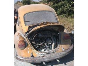 Malkara'da seyir halindeki aracın motoru alev aldı