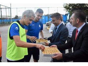 İl Sağlık Müdüründen BB Erzurumspor'a moral ziyareti