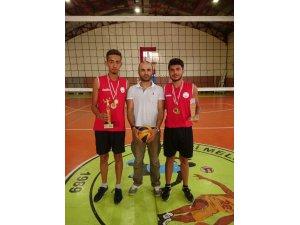 Play Voleybolu şampiyonları Melikgazi'den