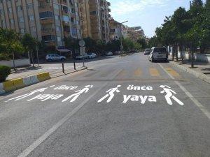 Aydın Büyükşehir Belediyesinden okul önlerinde farkındalık çalışması