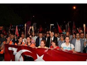 Adana'da fener alayı