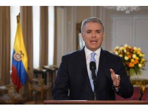 Yeniden silahlanan FARC'ın 4 lideri için tutuklama emri