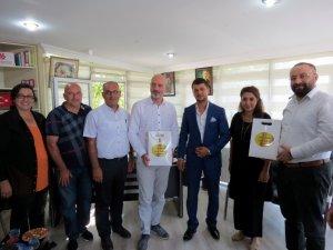 AK Parti'den incir üreticisine destek
