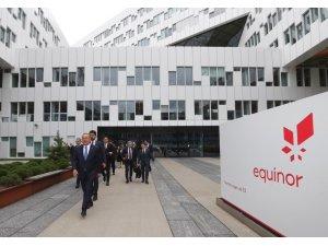 Bakan Çavuşoğlu, Trakya'da doğalgaz arayan Norveçli şirketi ziyaret etti