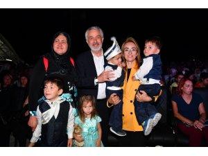 Isparta'da 152 çocuk için sünnet şöleni ve kına gecesi