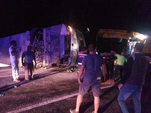 Antalya'da tur otobüsü devrildi: Çok sayıda yaralı var