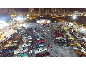 Klasik otomobil festivaline yoğun ilgi