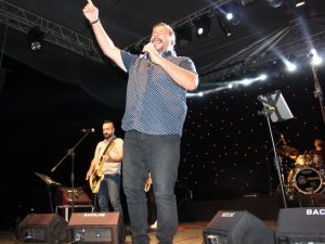 Alaşehir'de 'Gece Yolcuları' ile 30 Ağustos coşkusu