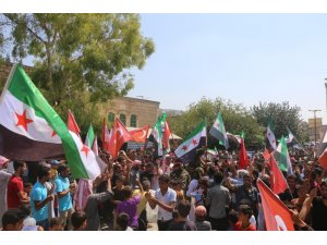 Afrin'de Türkiye'ye destek yürüyüşü