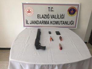 Elazığ'da jandarma ekipleri hırsızları suç üstü yakaladı