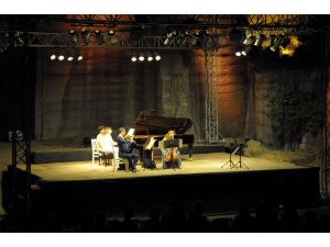25 asırlık tarihi taş ocağında klasik müzik ziyafeti