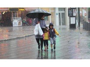 Doğu'da sağanak yağış bekleniliyor