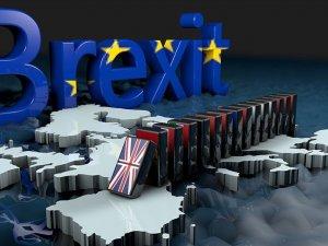 İngiltere'de sular durulmuyor! Kritik Brexit oylamasını muhalefet kazandı...