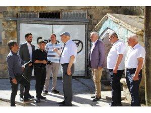 Başkan Pekmezci, Tuzcuzade Mahallesinde incelemelerde bulundu