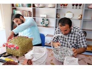 Ruh sağlığı hastalarına el işi terapisi
