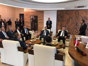 Milli Eğitim Bakanı Selçuk, NEVÜ'yü ziyaret etti
