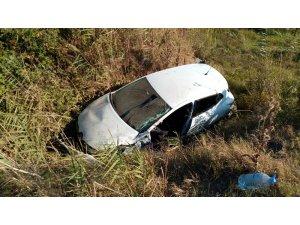Otomobil sazlığa uçtu: 1 yaralı