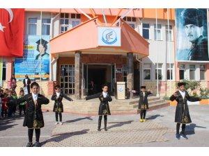 Nevşehir'de 61 bin 891 öğrenci için ilk ders zili çaldı
