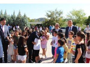 Tunceli'de 86 okulda 9 bin öğrenci ders başı yaptı