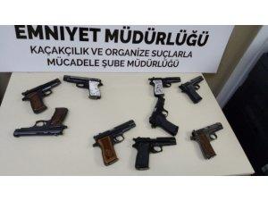 9 adet tabancayla uygulamaya takıldı
