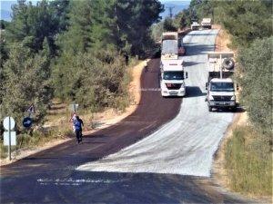 Yatağan'ın Kırsal mahalle yolları asfaltlanıyor