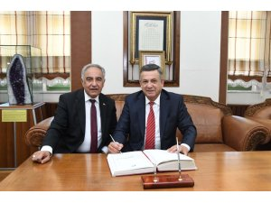 Erdemoğlu, Rektör Turgut ile bir araya geldi