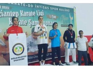 Sivaslı karateciler Gaziantep'ten dereceyle döndü