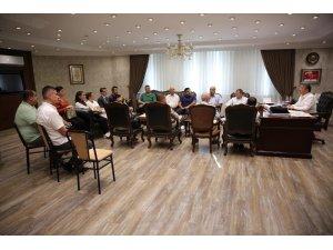 Başkan Akın'dan personel ile toplantı